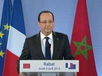 """François Hollande : """"le gouvernement n'est pas en cause"""" (mais sarko s'en sort) :("""