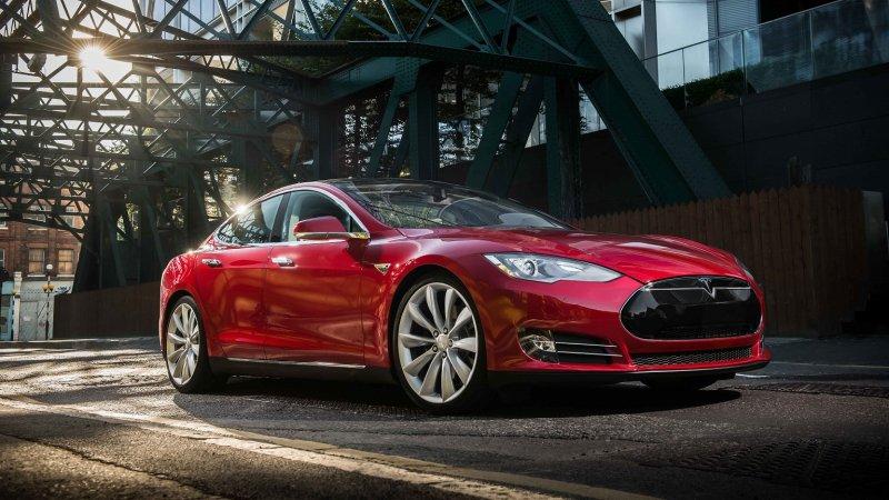 Tesla owner explains why he won't ever buy a Tesla again