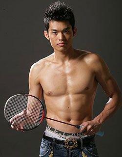 Facile le badminton quand on s'appelle Lin Dan - 2 gourmands en Chine !