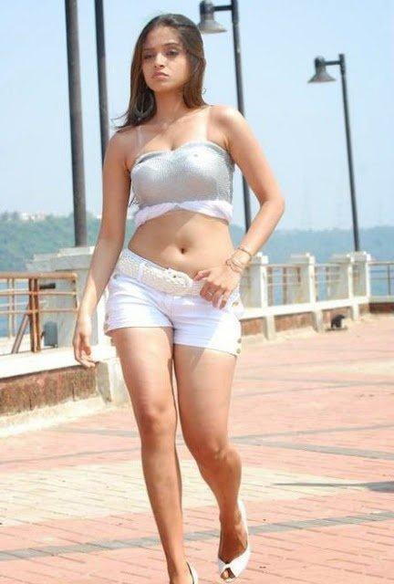 Youtube Funny Videos: Sheena Shahabadi Profile