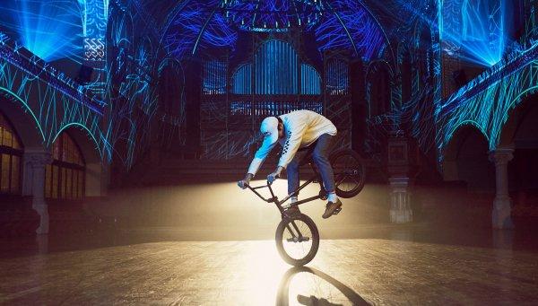 UTOPiA | Matthias Dandois in Zurich | Red Bull TV