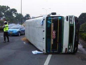 Bus Turis Indonesia Terbalik di Perancis, 1 Tewas