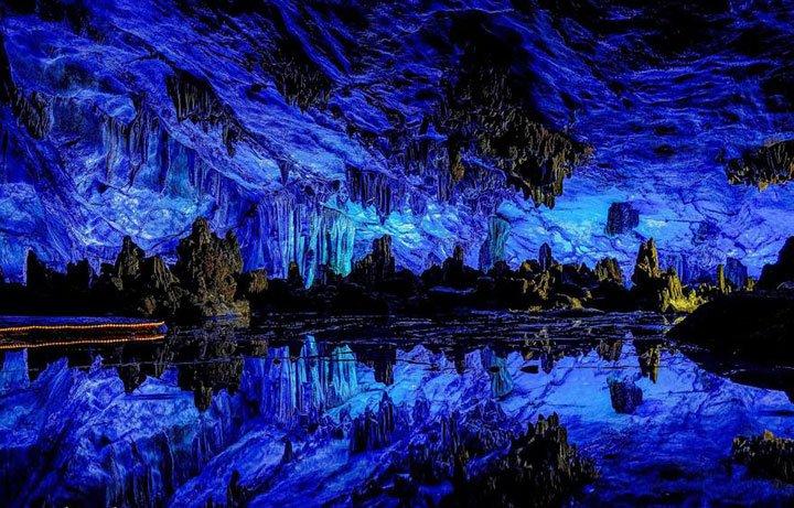alalumieredunouveaumonde: 15 grottes majestueuses qui témoignent de la beauté extraordinaire de notre planète