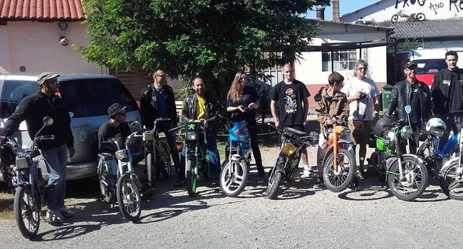 Découvrir le Tarn… à vélomoteur