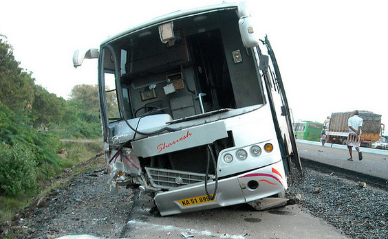 La FGTB responsable de l'accident de car du Sud de la France: 42 morts.