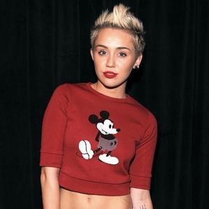 Miley Cyrus : Elle révèle publiquement qu'elle se drogue (vidéo) | melty.fr