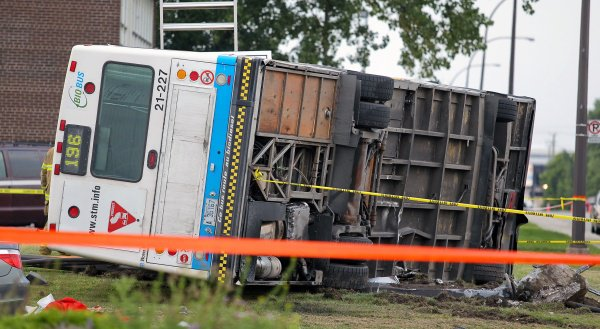 Two die in bus accident in Dorval