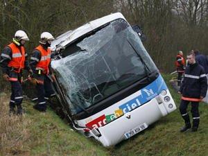Nord : le procès du chauffeur de car ajourné - Europe1.fr - Société