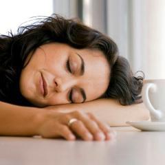 Syndrome de fatigue chronique: une crise de santé cachée, selon les CDC américains