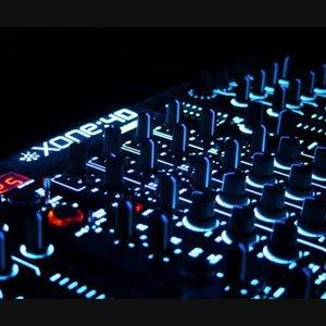 Netzer Battle / Evolution Glitch House / Original House Mix