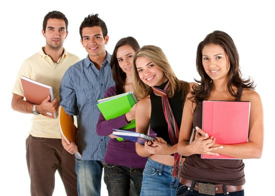 group_of_college_students - SchoolandUniversity.com