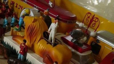Le char de légende du Cirque Pinder Le Lion ...