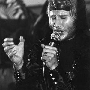 Tenues de scène de Johnny Hallyday— Palais des Sports 69