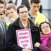 Maintien de l'exclusion de Stéphane Mercier, professeur homophobe et anti‐IVG à l'UCL - LNO