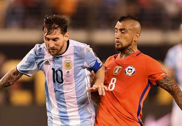 Sanksi Lionel Messi Dicabut, Arturo Vidal Kecewa | Berita Olahraga Terkini
