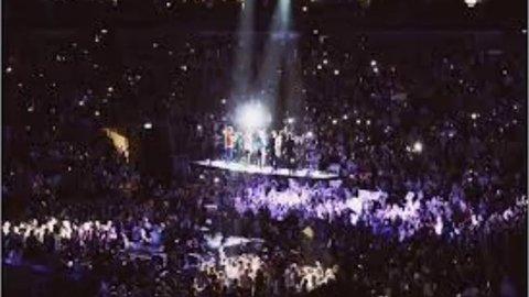 Vidéo NMA Meilleur Fan 2015 -One Direction. ♥ - LudivineDirectioner - Actu / Buzz