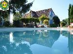 """Annonce """"Location maison avec piscine Montambert Bourgogne Morvan"""""""