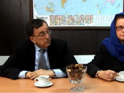 Christine Boutin, voilée, s'en prend à Hollande sur une chaîne iranienne