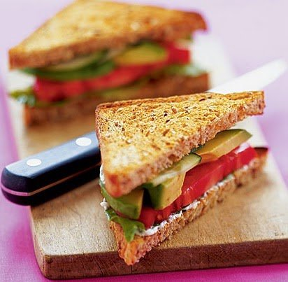 Delicious Foods: Sandwiches with Avocado, Lettuce and Tomato.