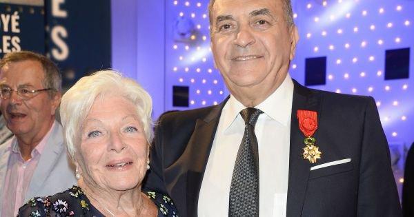 Line Renaud - Le producteur Jean Nainchrik reçoit la légion d'honneur
