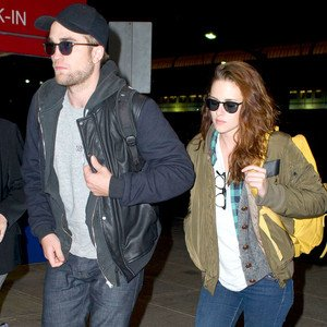 Robert Pattinson News, Photos, et Vidéos | E! Online