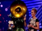 2011 EMA - Part 66 : Lady Gaga remporte le prix de la meilleure chanson