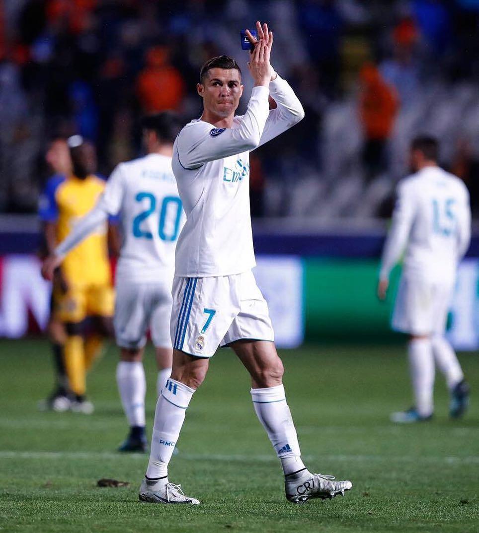 Cristiano Ronaldo • Nov 22, 2017 at 10:01am UTC