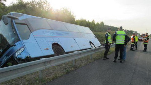 22-06-2014 - France - Remorantin - Loir-et-Cher - Accident Autocar ...