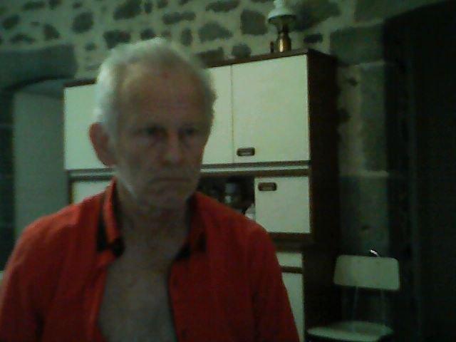 raymond735  fête ses 62 ans demain, pense à lui offrir un cadeau.Aujourd'hui à 10:27