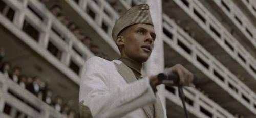 """Le clip vidéo de """"ta Fête"""" de Stromae portera ce soir bonheur au Diables Rouges contre l'Algérie - Last night in Orient"""