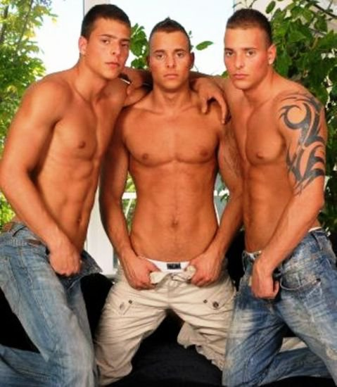 gaydegilly3