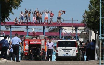 Motín en once cárceles de Rumania por las condiciones denigrantes de los presos – elcomunista.net
