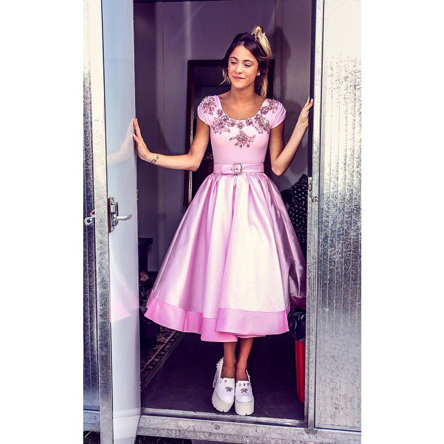 TINI VIA INSTAGRAM UNE PRINCESE