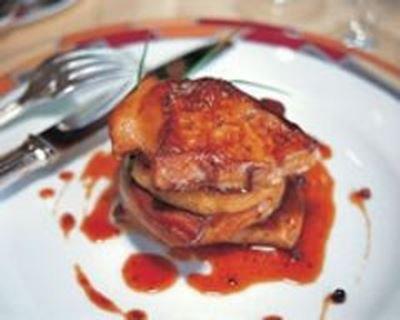 Millefeuille de foie gras des Landes aux pommes