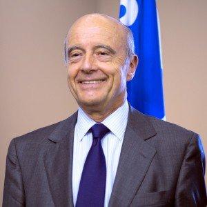 Alain Juppé s'adresse au préfet de Mayotte | L'info KWEZI