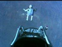 Félix Baumgartner sur le toit du monde