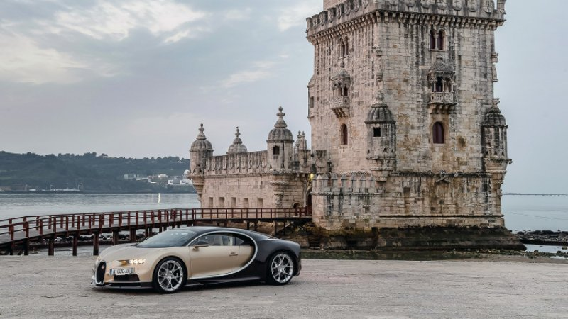 Bugatti Chiron's First Drive Will Make You Think You Drive a Plane