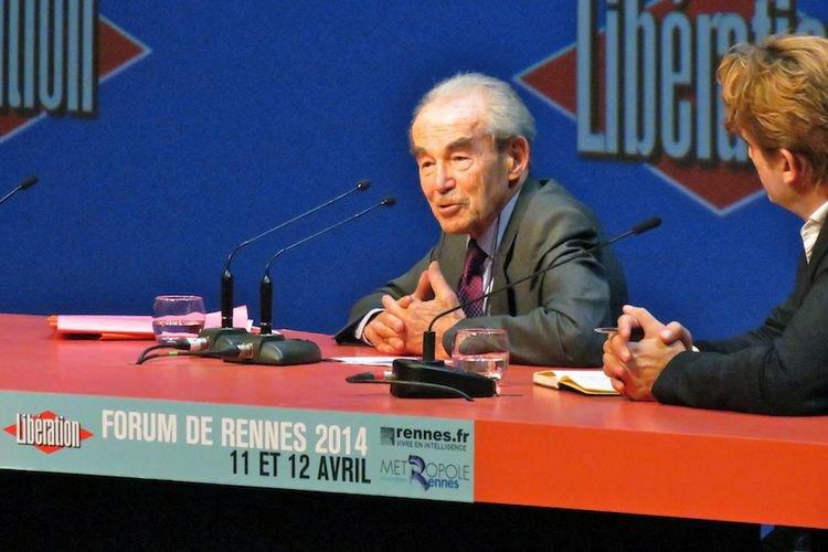 Robert Badinter : «Les terroristes nous tendent un piège politique»