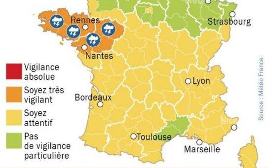 Météo : alerte aux orages en Bretagne et Pays de la Loire