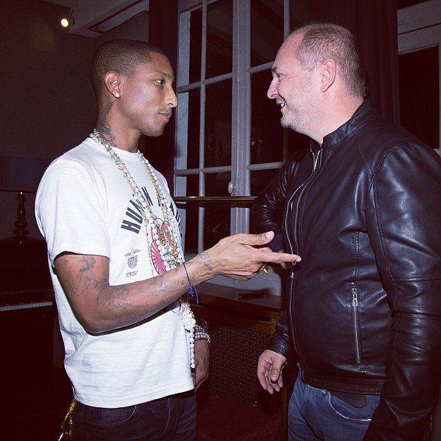 Cauet et Pharell William