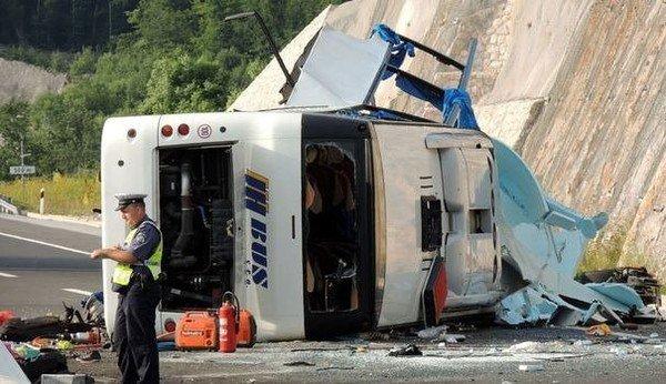 23-06-2012 - Croatie - Accident Grave Autocar - d'une agence de voy...