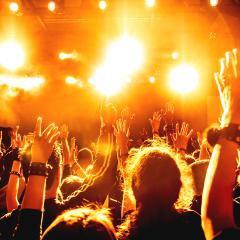 Discothèques, concerts et festivals devront baisser le son en France