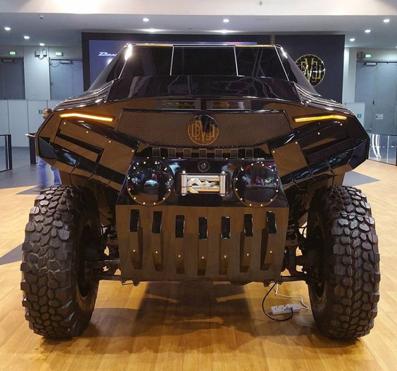 Devel Sixty 6x6 SUV: ready to survive the apocalypse