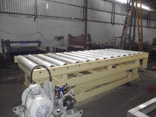 Scissor Lift, Scissor lift Manufacturers, Scissor lift Design - HYDRO MECH Engineers Ahmedabad