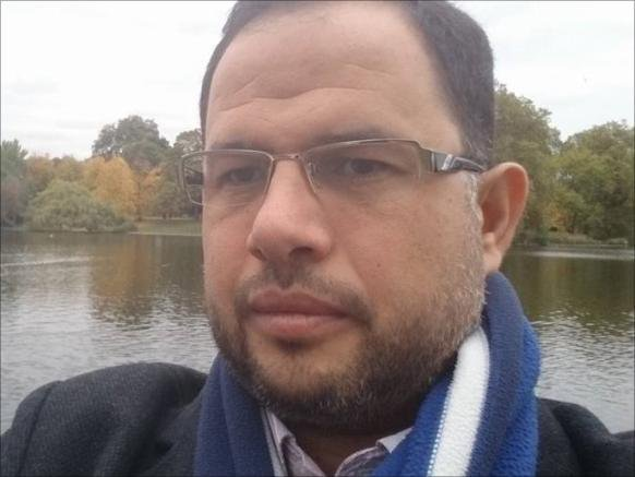 صحفي مصري مضرب يواجه الإهمال والمرض