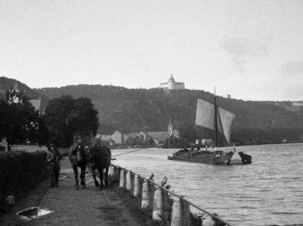 La batellerie à Namur entre 1893 et 1973 - Archives Photographiques...