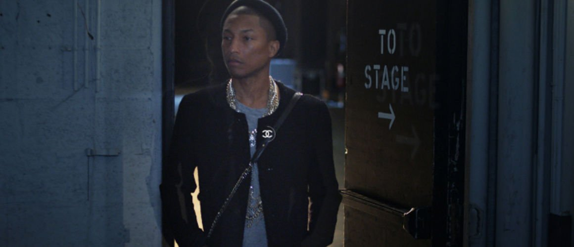 Pharrell Williams : Chanel l'embauche pour vendre ses sacs à main ! (VIDEO)