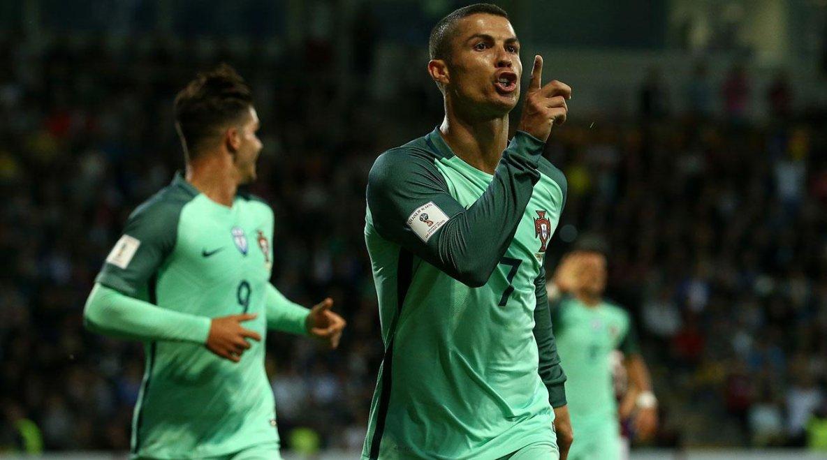 Ronaldo Tampil Luar Biasa Bersama Portugal