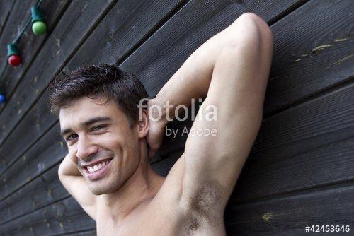 """""""Homme, jeune, beau, séduisant, mâle, garçon, masculin"""" photo libre de droits sur la banque d'images Fotolia.com - Image 42453646"""