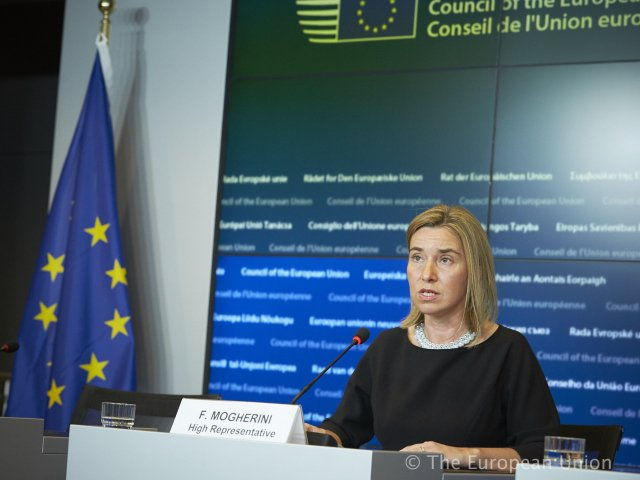 Who is to lose from the 6-month extension of the EU economic sanctions against Russia?